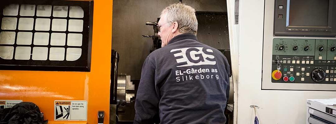 Elektriker på besøg hos virksomhed i Silkeborg